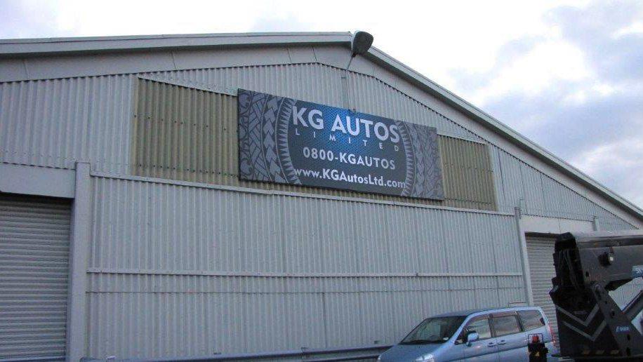 billboard_kgautos2