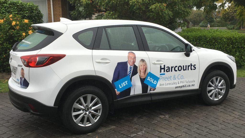 vehiclesignage_harcourts