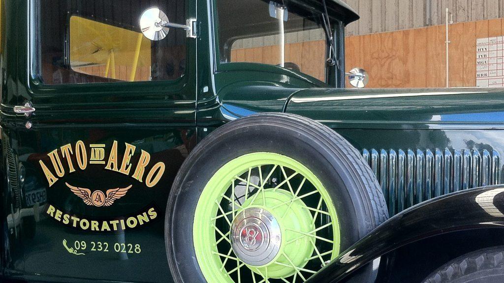 vehiclesignage_vintage